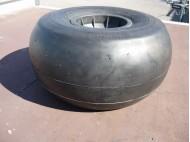 GROSSE ROUE BALLON 21X12-8 JOURNEY (550x265mm) axe déporté 25MM LG 117mm